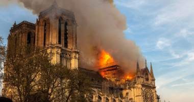 Why The Rush To Judgment?  An Accidental Ruling Came Down From The French Government & The Media Regarding The Notre Dame Fire Before It Was Anywhere Near Out!!!!