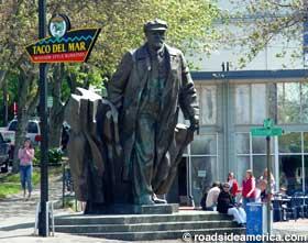 Vladimir Lenin Statue